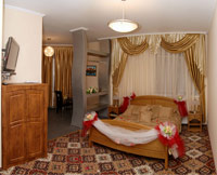 Honeymoon suite in Premium Hotel