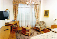 One rooms in Kiev Hotel