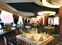 Restaurants and Bars in Kiev Hotel