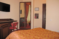 Single Superior Room in Edem Hotel