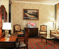 Royal Deluxe Room in Old Continent Hotel
